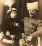 Кавалерийский подполковник с женой